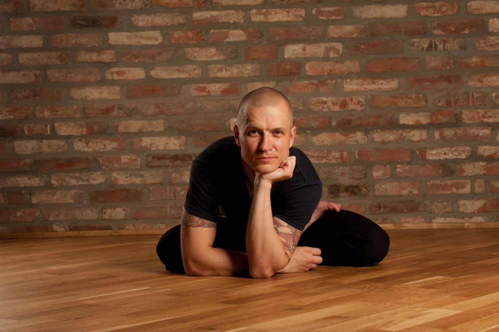 Йогадвор йога в Краснодаре yoga yogadvor - Андрей Дворецкий