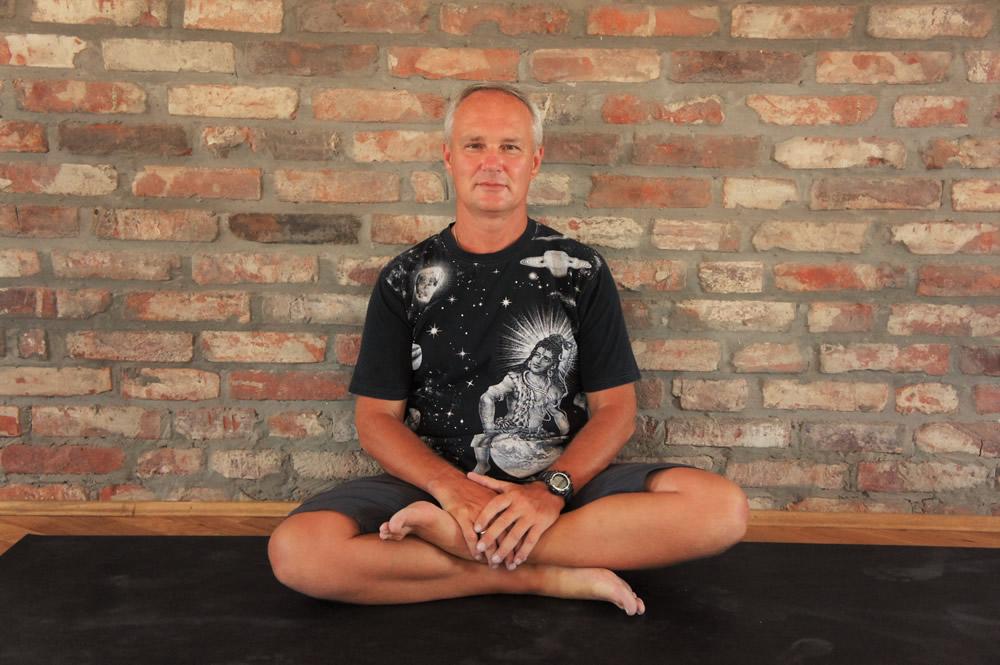 Йогадвор йога в Краснодаре yoga yogadvor - о нас - Андрей Максименко (Сурья дас)